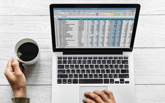 Using Database on MacBook